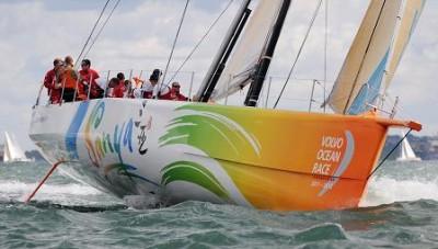 El 'Sanya' chino sufre daños en el casco y se dirige al puerto de Motril
