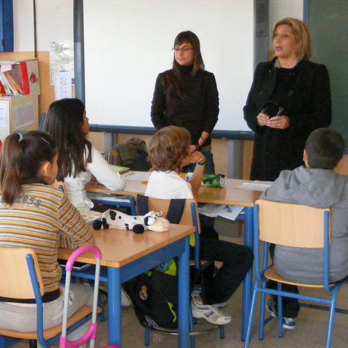 Alumnos del colegio Sacratif participan en un programa de coeducación en valores