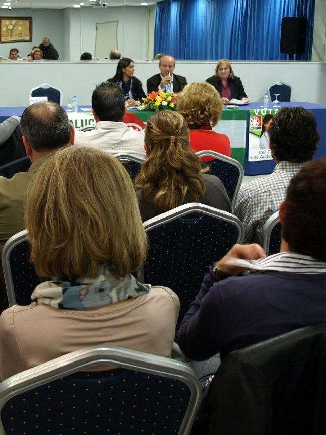 Cariño Salmerón Candidata a las Cortes Generales y Jesús Avad número uno al Senado, han visitado la Ciudad Andalucista de Almuñecar