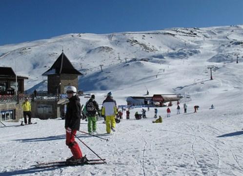 Sierra Nevada abre la temporada con 40 kilómetros esquiables
