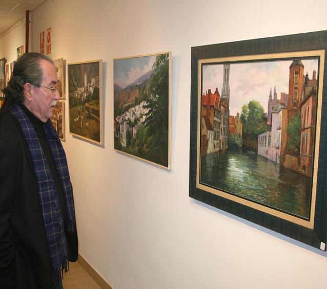La sala de exposiciones del Centro Cívico de La Herradura acoge una muestra de arte colectiva