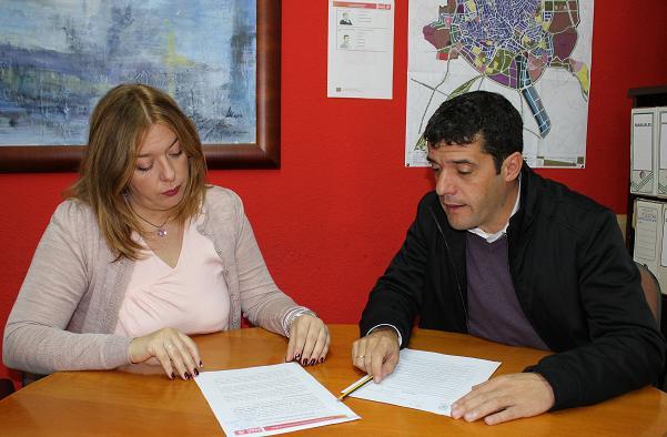 El PSOE pide diálogo con los trabajadores antes de imponerles horarios y recortarles derechos