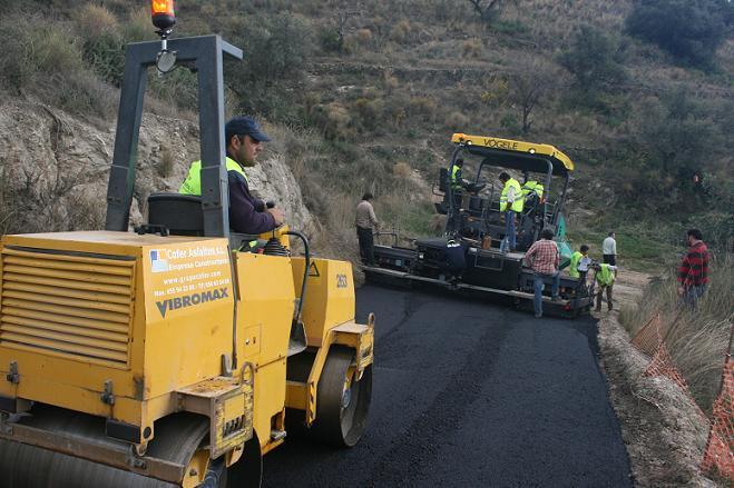 Han finalizado los trabajos de asfaltado en los caminos de Gelibra y Río Seco Alto