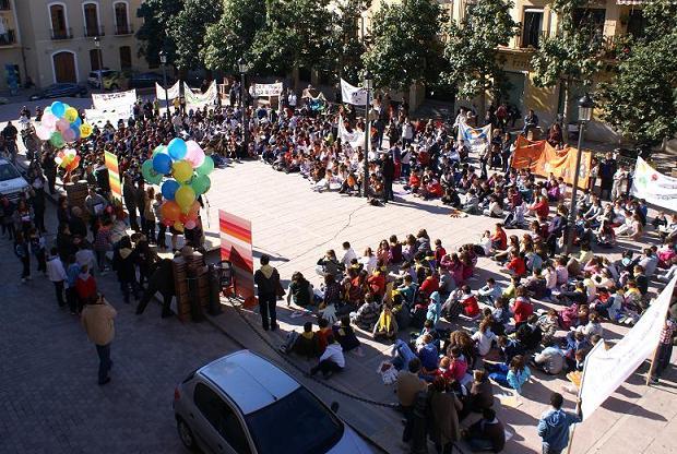 El Ayuntamiento de Motril se suma a la celebración del 'Día de la Paz y la No Violencia'