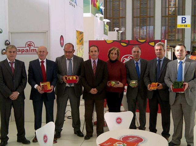 Motril demuestra la innovación y calidad de sus productos en la primera jornada de la Fruit Logística 2012