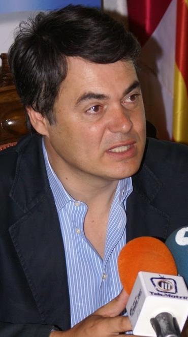 Carlos Rojas acoge con satisfacción el anuncio de la prioridad del Gobierno sobre la A-7
