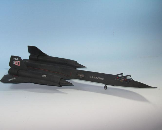 MODELISMO: AVION ESPIA SR-71 BLACKBIRD