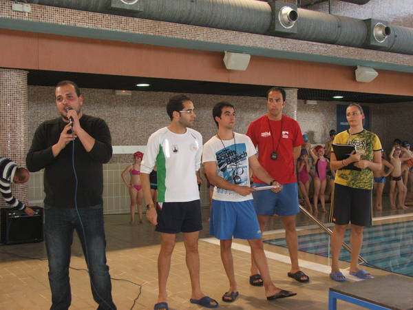 Más de medio centenar de nadadores participan en la I Liga Local de natación Villa de Salobreña