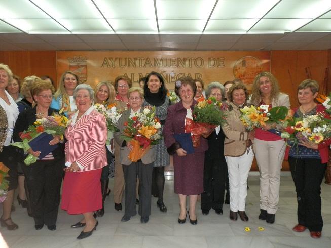 Almuñécar rindió homenaje a trece mujeres propuestas por las asociaciones locales