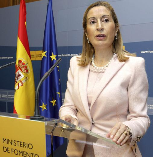 La Ministra de Fomento anuncia la terminación de la A-7, entre Nerja-Adra, en el horizonte de 2024