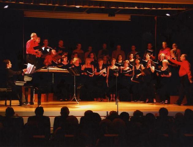 Recital de Canto y Púa de la Coral Voces del Mar de Motril