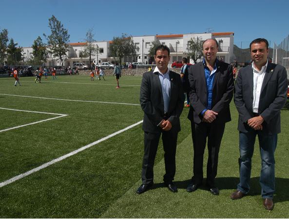 Otívar amplía sus instalaciones deportivas con un nuevo campo de fútbol 7