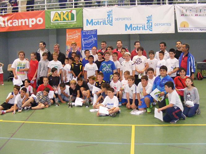 El colegio Sacratif, campeón de la I Liga Escolar de Minibalonmano