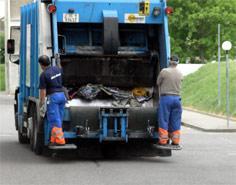 Un taller inmoviliza el camión de recogida de la basura de Órgiva hasta que se le abona el pago de la factura