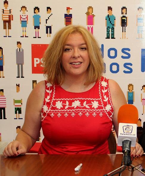 Flor Almón anuncia que los socialistas van a seguir de cerca al Gobierno del PP tras la crisis que ha regalado la Alcaldía a Luisa García Chamorro