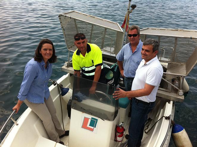 La embarcación Motril 1 se encuentra a pleno rendimiento para la limpieza de nuestras playas