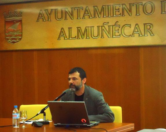 """""""El desempleo es un problema psicosocial que afecta al bienestar psicológico"""", dice Antonio Delgado Padial"""