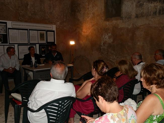 """El Castillo de La Herradura acogió el sábado la presentación del libro """"Leyendas de nuestros pueblos"""" de José Manuel Fernández"""
