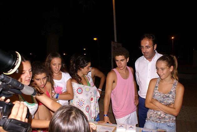 La campaña informativa juvenil 'Yaperollama' hace escala en Motril