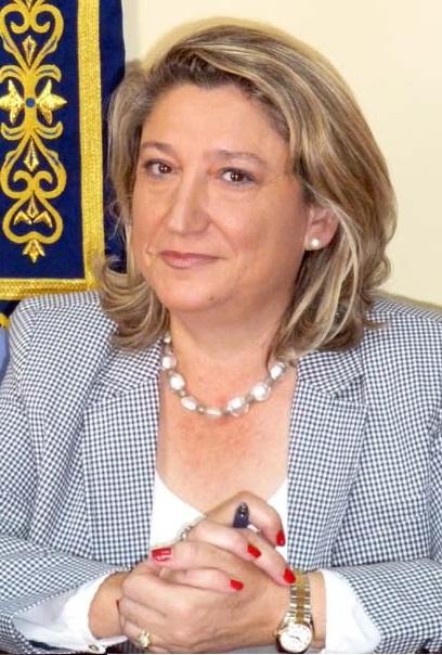 """La alcaldesa de Almuñécar, Trinidad Herrera, dice que la """"Q"""" de calidad nos pone de nuevo en el mapa de ciudades turística de Costa"""