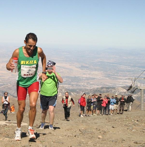 Miguel Ángel Jiménez Parejo bate el récord de la  XXVIII Subida pedestre al pico del Veleta