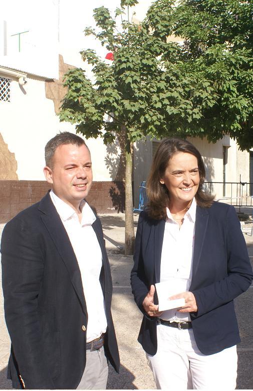 El Ayuntamiento de Motril actúa en el barrio de las Angustias con el acondicionamiento de la Plaza Trinidad Alcalde