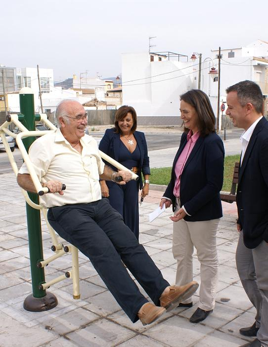 Los mayores de Varadero ganan en bienestar con la instalación de un parque biosaludable