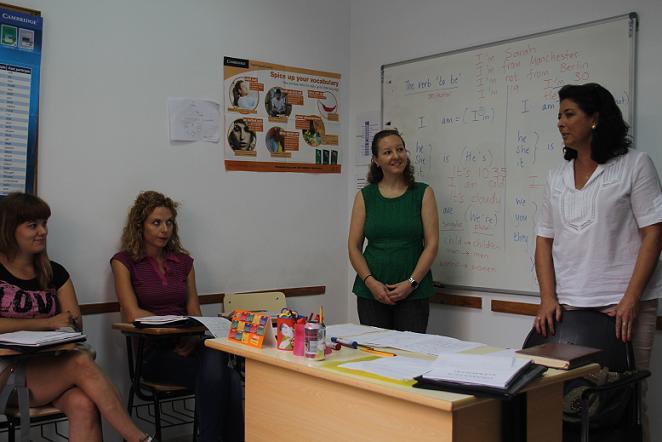 La Mancomunidad de la Costa Tropical pone en marcha un curso de inglés para hostelería destinado a desempleados en Almuñécar