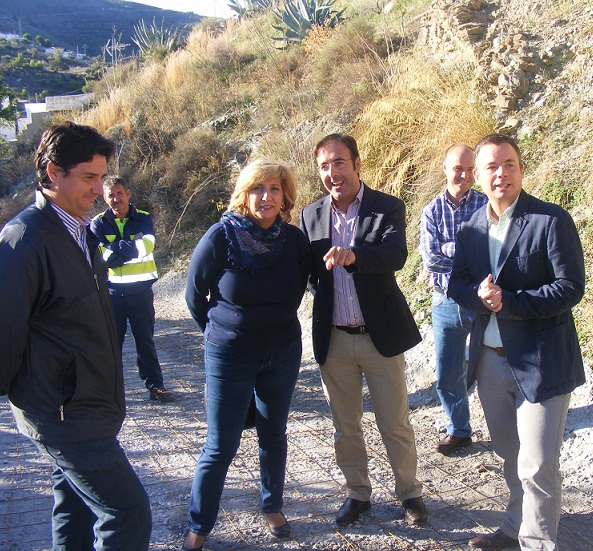 El arreglo del camino de Jolúcar solventa una demanda histórica de los garnatilleros