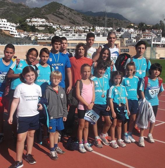 La Escuela Municipal Sexitana de Atletismo comenzó la temporada con una brillante actuación  en Nerja