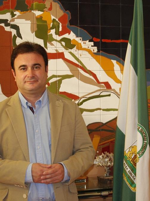 """""""DEBEMOS DEFENDER EL ESTADO DEL BIENESTAR CONSAGRADO EN LA CONSTITUCIÓN"""""""