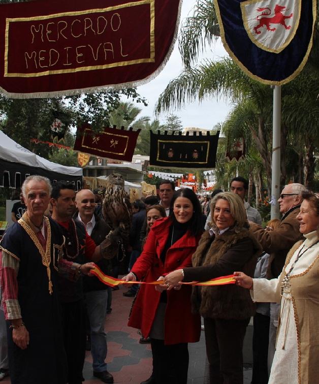 Inaugurado el Mercado Medieval de Almuñécar  con el que arrancan las actividades de ocio para este puente festivo