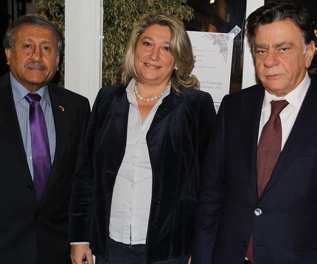 La alcaldesa de Almuñécar recibe a los embajadores de Palestina en  España e Italia que participaran este lunes en conferencia sobre su país