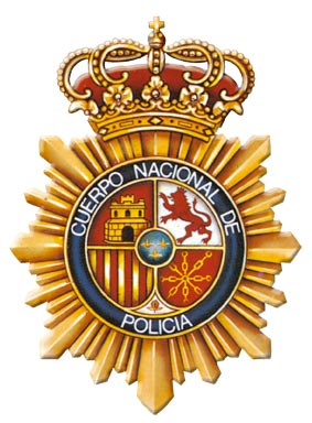 La Policía Nacional detiene a tres jóvenes por forzar una máquina expendedora con petardos de gran potencia