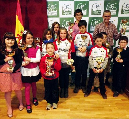 La Escuela de Ciclismo Sexitana se proclamado  campeona del Circuito de Ciclismo Cordobés