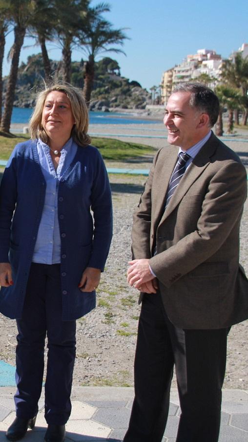 Almuñécar plantea al Subdelegado del Gobierno en Granada mejoras en protección de playas como la de Cotobro y Caletilla