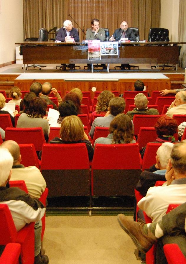 Presentado en Motril el libro «La lucha del movimiento obrero en Granada. Por las libertades y la democracia
