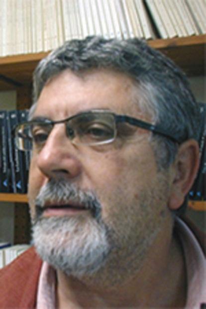 """DIA 42. CON VIRGILIO EN EL SOFÁ. """"MEMENTO HOMO…"""" por Miguel Ávila cabezas"""
