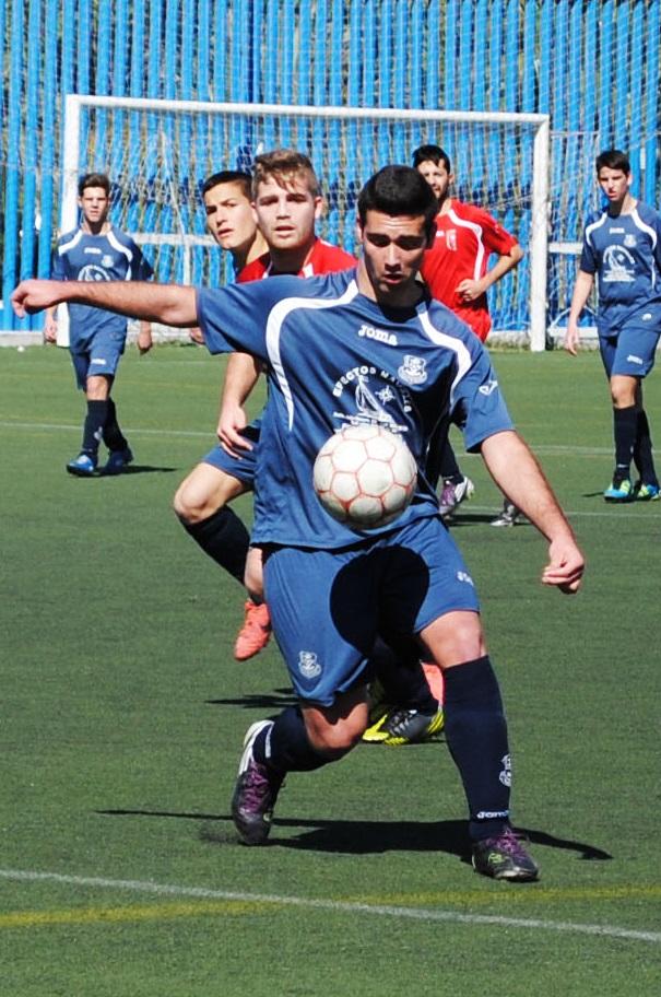 El Puerto de Motril Club de Fútbol se juega el primer puesto en la Tercera Provincial sénior