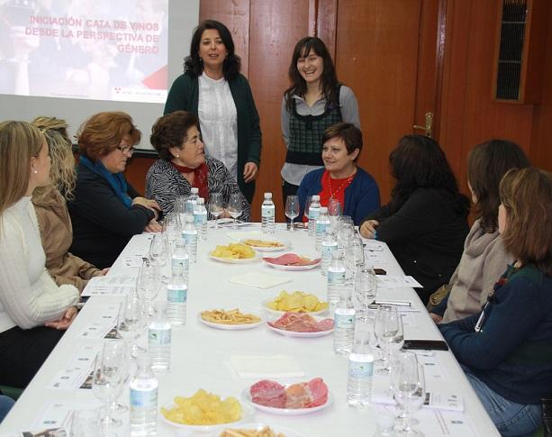 """La localidad sexitana celebra durante esta semana los actos del """"Día de la Mujer"""" con una buena acogida"""