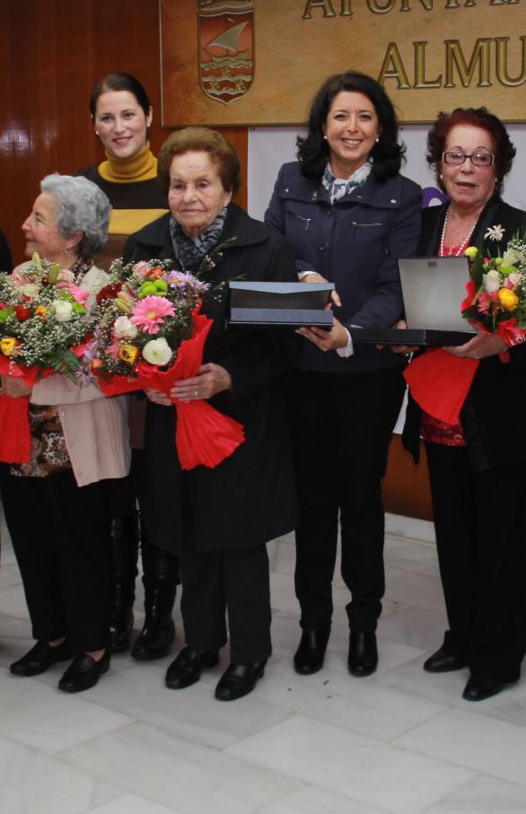 Almuñécar rindió homenaje a distintas mujeres del municipio sexitano propuestas por las asociaciones locales