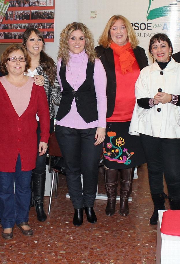 El PSOE reivindica la lucha de las mujeres por sus derechos y los pasos dados a favor de la igualdad con motivo del 'Día de la Mujer