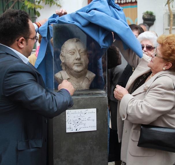 La Herradura rinde emotivo homenaje póstumo a su artista más universal, Pepe Gámez