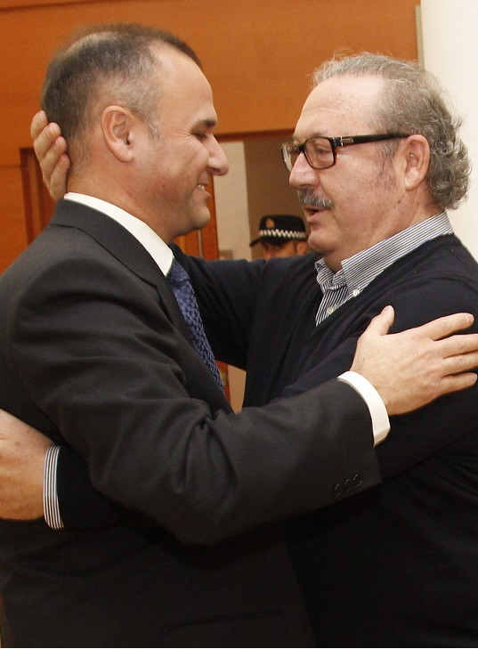 El abogado Salvador Alcalde sustituye a Luis Rubiales en la corporación de Motril