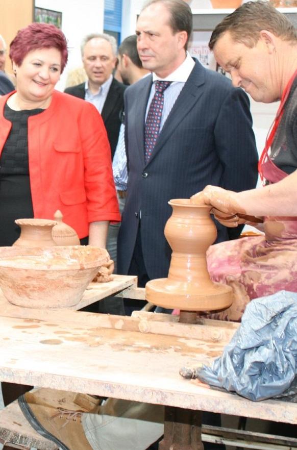 La XVIII Feria Hecho en La Alpujarra vuelve a abrirse al mundo con una gran aceptación