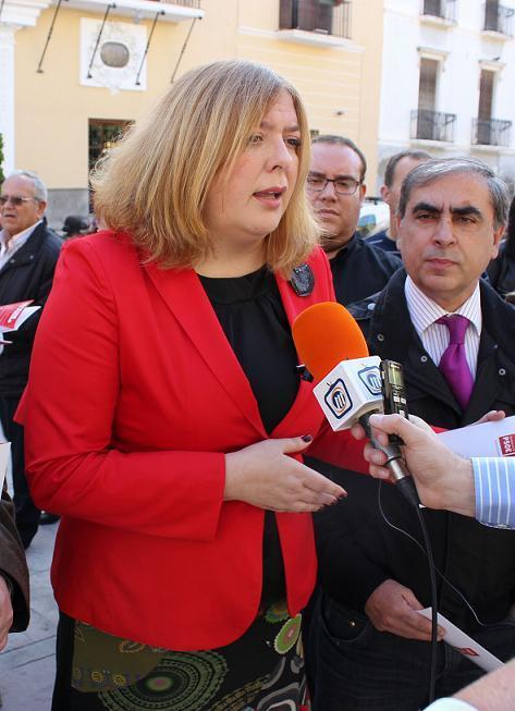 Flor Almón achaca a 'guerras internas' la destitución de García Fuentes como responsable de Turismo