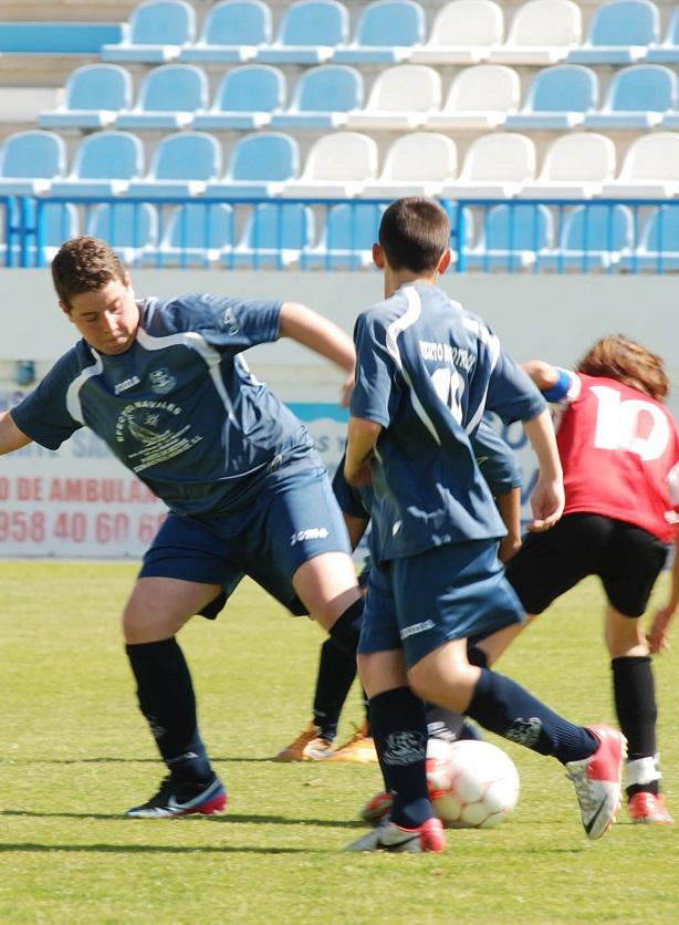 El Puerto de Motril Club de Fútbol realiza un excelente papel con cinco victorias y un empate