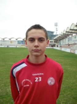 El extremo juvenil motrileño Alfonso, llamado por Lucas Alcaraz para el partido contra Valladolid