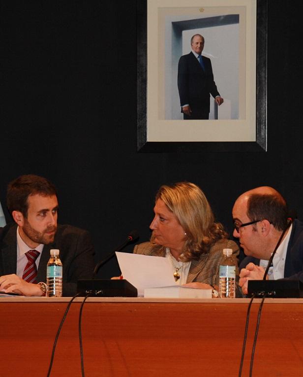 El pleno del Ayuntamiento Almuñécar  aprueba el presupuesto de 2013