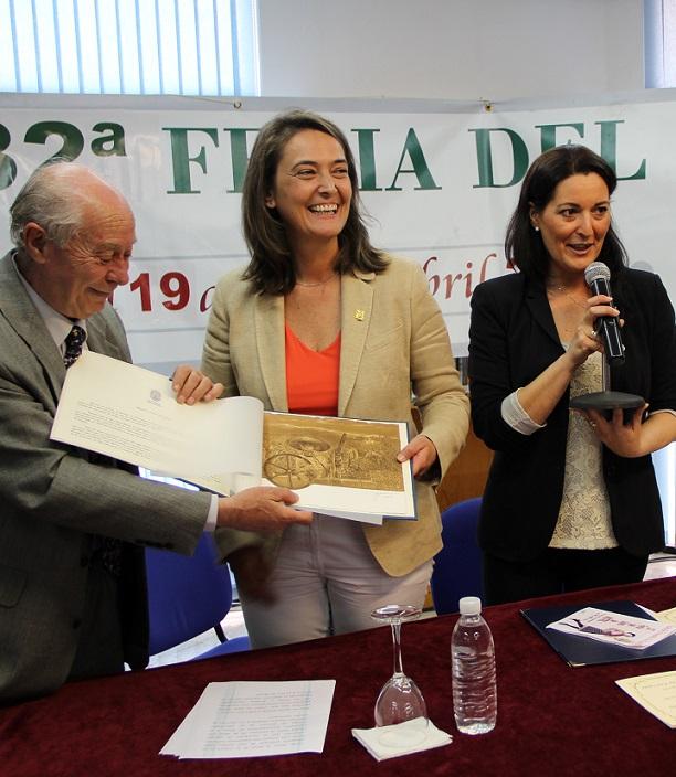 Antonio Carvajal ensalza la figura del librero en el pregón de la XXXII Feria del Libro de Motril